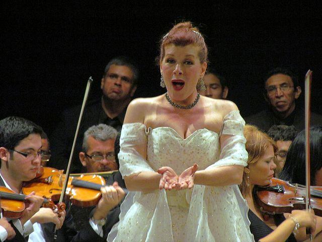 Armando Iachini: La mágica voz de Giovanna Sportelli