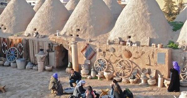 Armando Iachini: Los aciertos sustentables de las casas colmena de Harran