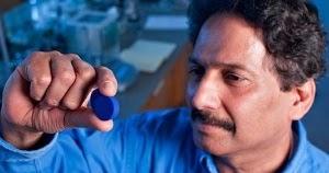 Armando Iachini: Un pigmento que puede mejorar la temperatura de los edificios