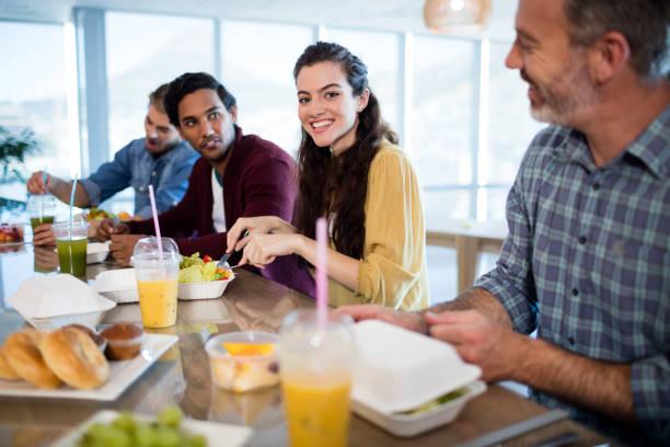 Armando Iachini: los trabajadores deben tener un tiempo libre para alimentarse
