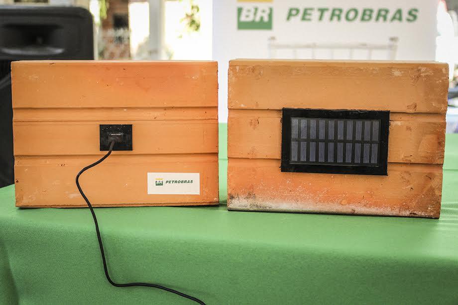 Armando Iachini - Ladrillos electrificados
