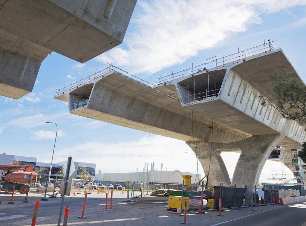 Armando Iachini - Los puentes materiales ideales para su elaboración
