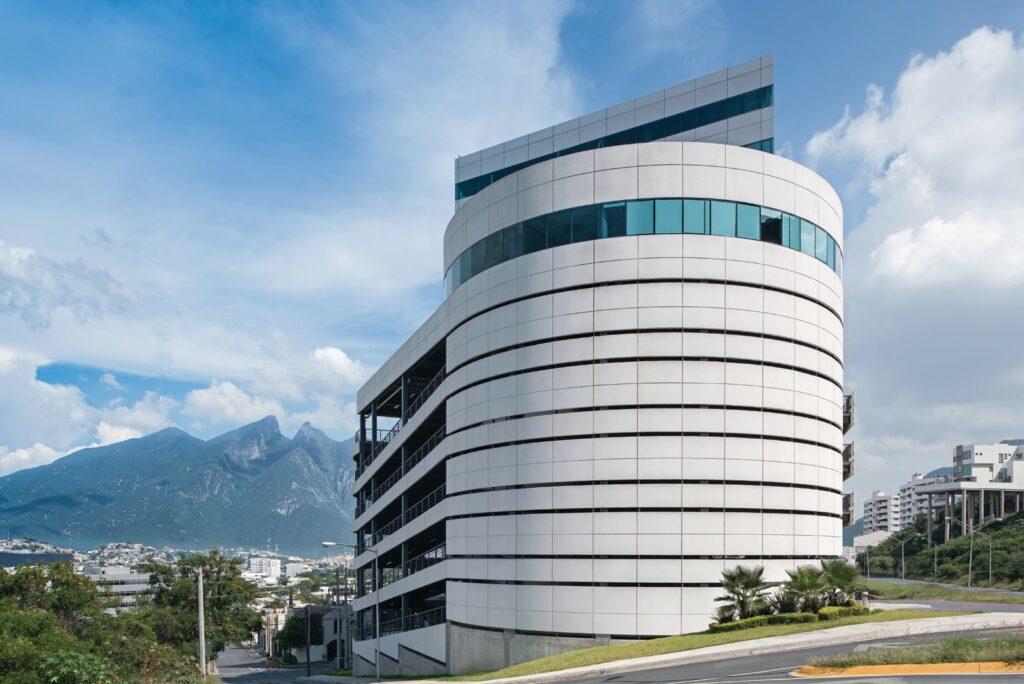 Armando Iachini El concreto arquitectónico 2 1024x684 - Armando Iachini: El concreto arquitectónico