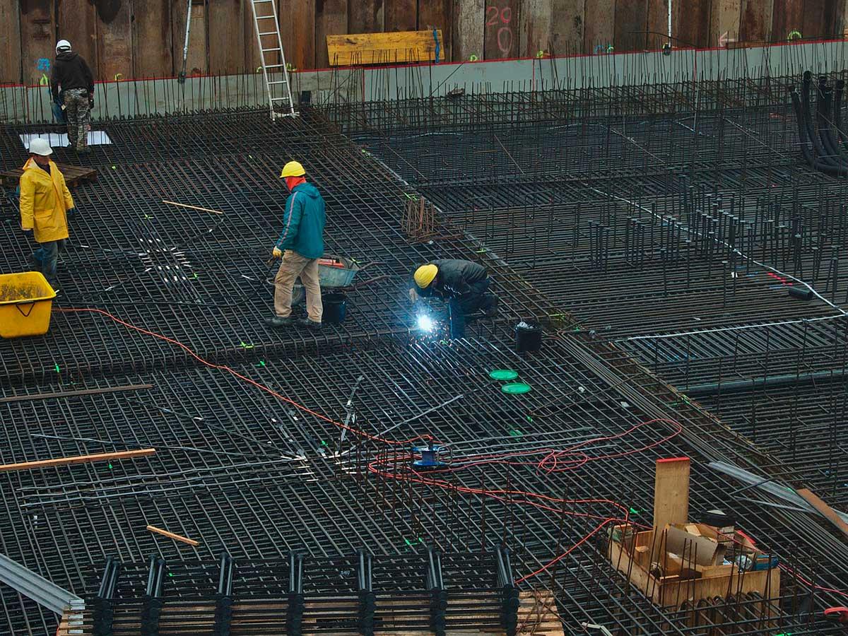 Ventajas del acero de refuerzo en las construcciones